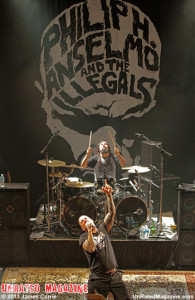 Phil Anselmo and the Illegals (photo credit James Currie 2013)